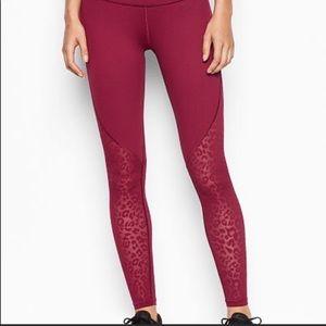 Victoria's Secret Knockout Leopard Red Leggings XS